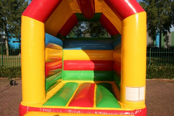 Small bouncer rainbow with roof