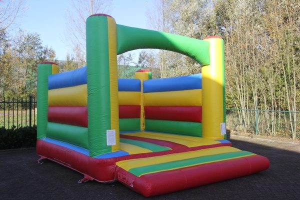 Inflatable bouncing house rainbow