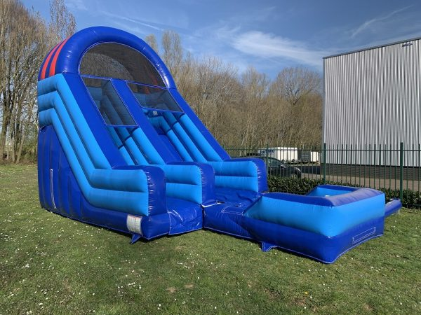 Slide with pool Jump Factory